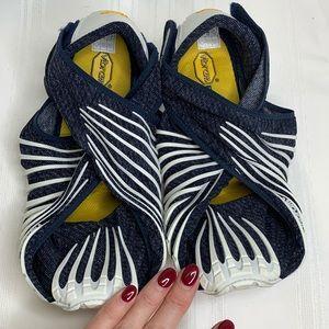 Furoshiki Vibram Blue White Wrap Shoes Size Large